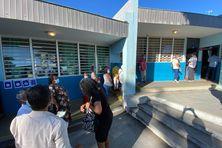A l'école des Bancouliers, au Moufia, les électeurs sont bien présents