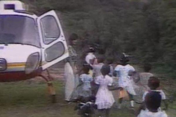 Rentrée des classes à Saint-Elie, une arrivée en hélicoptère