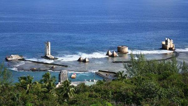 Des vestiges de l'extraction du phosphate sur l'île de Makatea