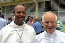 MonseigneurDavid Macaire et Monseigneur Jean-Yves Riocreux.