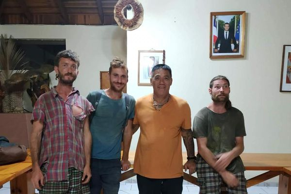 Le maire de Etienne Tehaamoana et les 3 portés disparus
