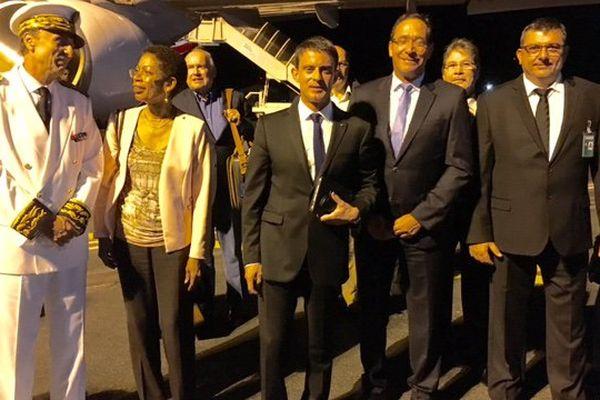 Valls nickel