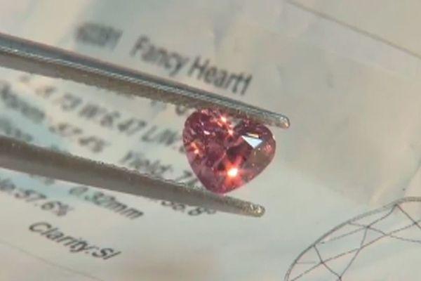 diamants roses