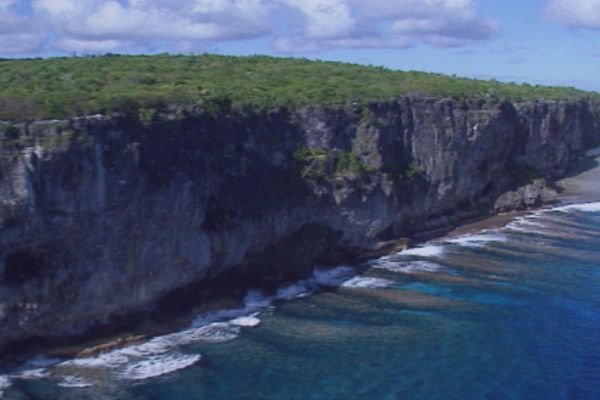 Makatea falaises