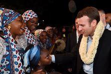 Emmanuel Macron à Mayotte, dans le cadre de voyage de campagne à l'élection présidentielle française,  le 26 mars 2017.