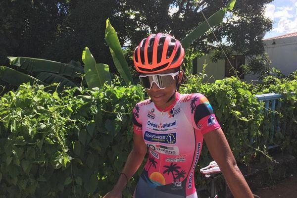 Kélyane Julus championne du contre la montre chez les femmes au championnat de cyclisme de Martinique