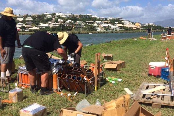 Préparation du feu d'artifice du 1er janvier à Nouméa, 29 décembre 2018