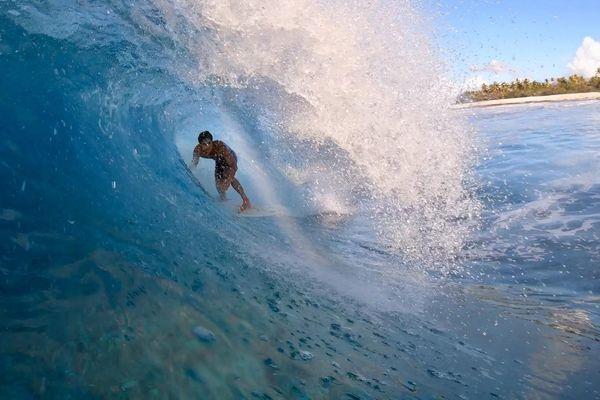 Surf : Free session sur la droite magique de Avatoru