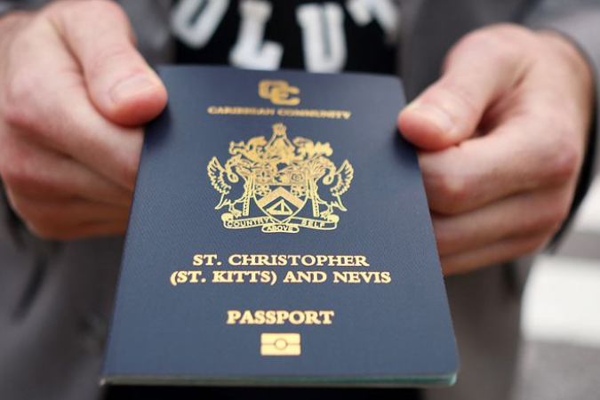 Passeport de la Féderation de St. Kitts et Nevis © bloomberg