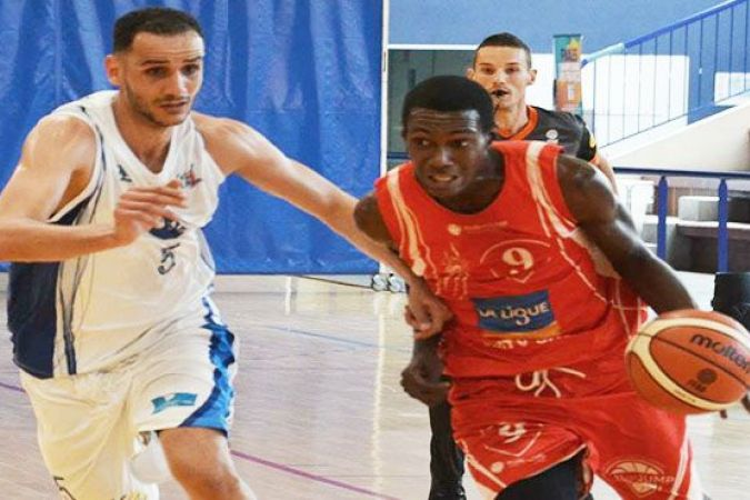 Le Golden Lion se qualifie pour la finale en battant BC Liévinois (60 à 56) © Ligue Ile de France de Basketball
