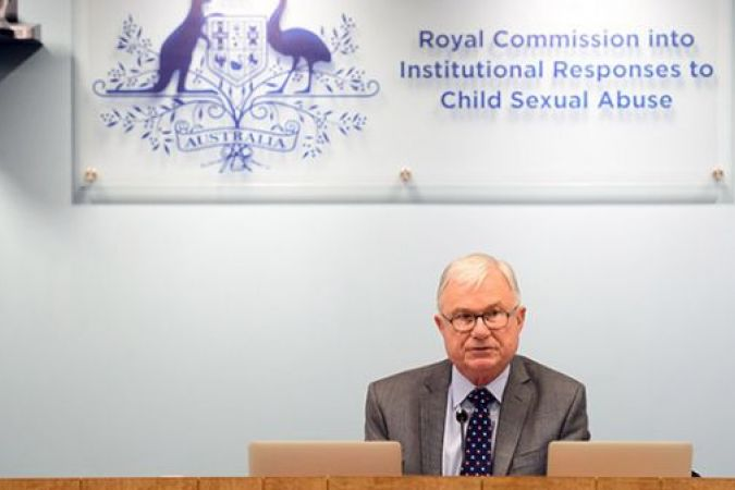Peter McLellan, membre de la commission royale qui a rendu ce rapport. © Royal commission