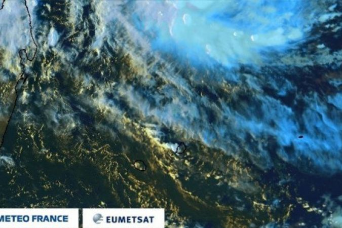 Photo satellite du 2 mars à 16h © Capture d'écran site Météo France