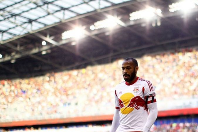 Thierry Henry avec le maillot des New York Red Bulls, en novembre 2014. © Mike Stobe/Getty Images/AFP